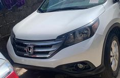 Very Clean Foreign used Honda CR-V 2014