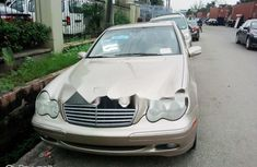 Very Clean Foreign used 2000 Mercedes-Benz C240
