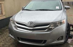 Very Clean Foreign used Toyota Venza 2015 Silver
