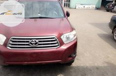 Tokunbo Toyota Highlander SE 2010 Model Red