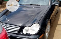Neat Foreign used Mercedes-Benz C230 2006 Black