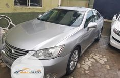 Neat Foreign used Lexus ES 2010 350 Silver