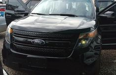 Very Clean Foreign used Ford Explorer 2015 Black