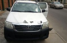 Very Clean Foreign used 2010 Toyota Hilux