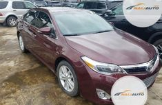 Neat Foreign used Toyota Avalon 2014 Red