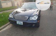 Nigeria Used Mercedes-Benz C320 2006 Model Blue