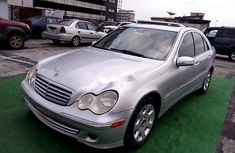 Neat Nigerian used Mercedes-Benz C280 2006