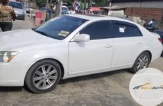 Very Clean Foreign used Toyota Avalon 2006 Limited