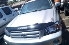 Very Clean Foreign used 2006 Toyota Highlander