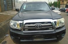 Nigeria Used Toyota Tundra 2010 Model Black for Sale