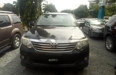 Very Clean Nigerian used 2015 Toyota Fortuner