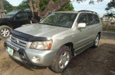 Super Clean Nigerian used 2004 Toyota Highlander