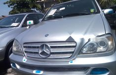 Neat Foreign used 2003 Mercedes-Benz ML 320