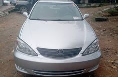 Foreign Used Toyota Camry 2004 Silver Sedan in Lagos