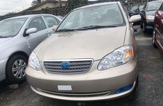 Toyota Corolla for Sale in Lagos Tokunbo 2006 Model Gold
