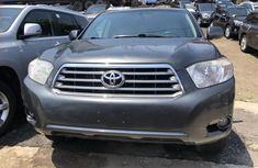 Toyota Highlander SUV Foreign Used 2010 Model Grey