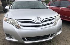 Used Toyota Venza 2011 Model Tokunbo Silver SUV