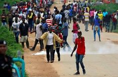 Bad roads: Niger youths stage protest, blocks major highways