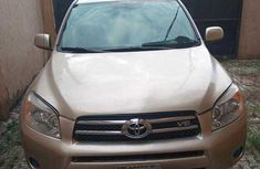 Used Toyota RAV4 for Sale Nigeria 2007 Model Gold