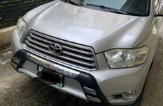 Toyota Highlander SUV Nigeria Used 2010 Model Gold