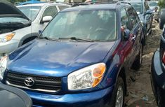 2005 Toyota RAV4 Foreign Used Blue for Sale