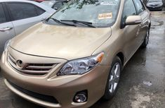 Used Toyota Corolla Foreign 2015 Model Gold for Sale