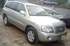 Toyota Highlander SUV Nigerian Used 2004 SUV