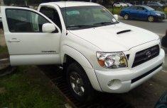 Toyota Tacoma 2008 Model White Tokunbo Pickup