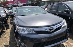 Foreign Used Toyota Camry XLE 2014 Silver Sedan