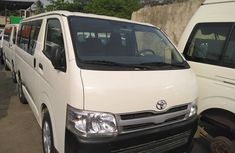 2012 Toyota HiAce Foreign Used Hummer Bus 3 White