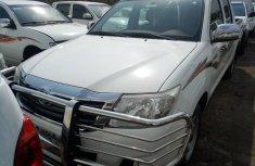 2013 Toyota Hillux  Nigeria Used Double Cabin White