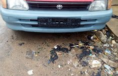 Toyota Starlet 2000 Model Foreign Used Red for Sale