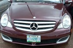 Used Mercedes Benz R350 Nigeria 2005 Model Red