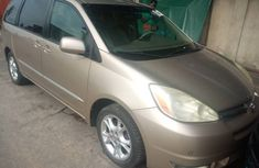 Used Toyota Sienna for Sale in Nigeria Foreign SLA 2004