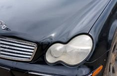 Mercedes Benz C240 2004 Model Nigeria Used Black