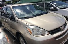 Toyota Sienna XLE 2005 Model Foreign Used Gold