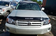 Toyota Highlander SUV Foreign Used 2005 Model Silver