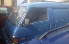 Mazda E2200 Bus Foreign Used 2000 Model Blue