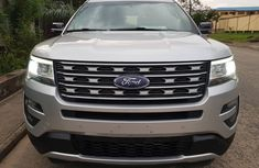 Ford Explorer XLT Used Foreign 2016 Model Silver