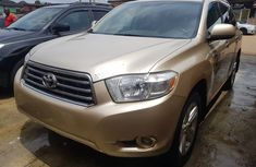 Toyota Highlander SUV Nigeria Used 2008 Model Gold