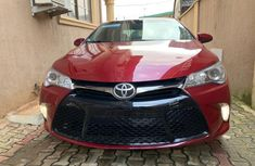 Used Toyota Camry Foreign XLE 2016 Model Red