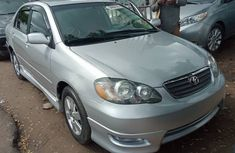 Toyota Corolla for Sale in Lagos 2004 Silver Tokunbo