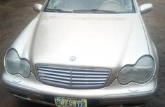 Used Mercedes Benz C240 Nigeria 2003 Model Gold