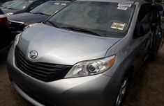 Very Clean Foreign used 2012 Toyota Sienna