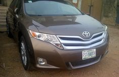 Extremely Neat Nigerian used Toyota Venza 2013