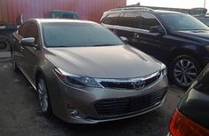 Very Clean Foreign used 2014 Toyota Avalon