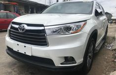 Foreign used Toyota Highlander 2015 for sale