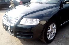 Nigeria Used Volkswagen Touareg 2004 Model Green
