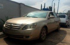 Nigeria Used Toyota Avalon 2006 Model Gold