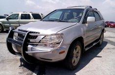 Clean Nigerian used Lexus RX 1999
